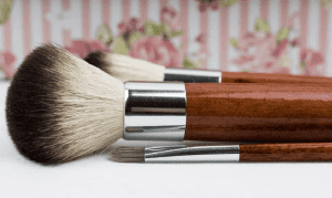 How to Correctly Clean Your Brushes for a Healthy Skin