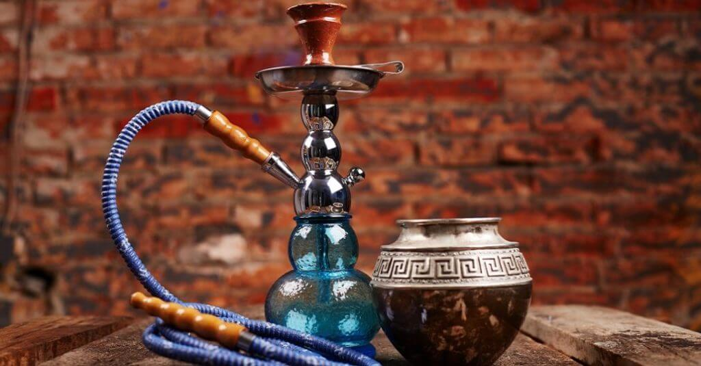 4 Basic Things to Make a Perfect Hookah Session in Shisha Lounge