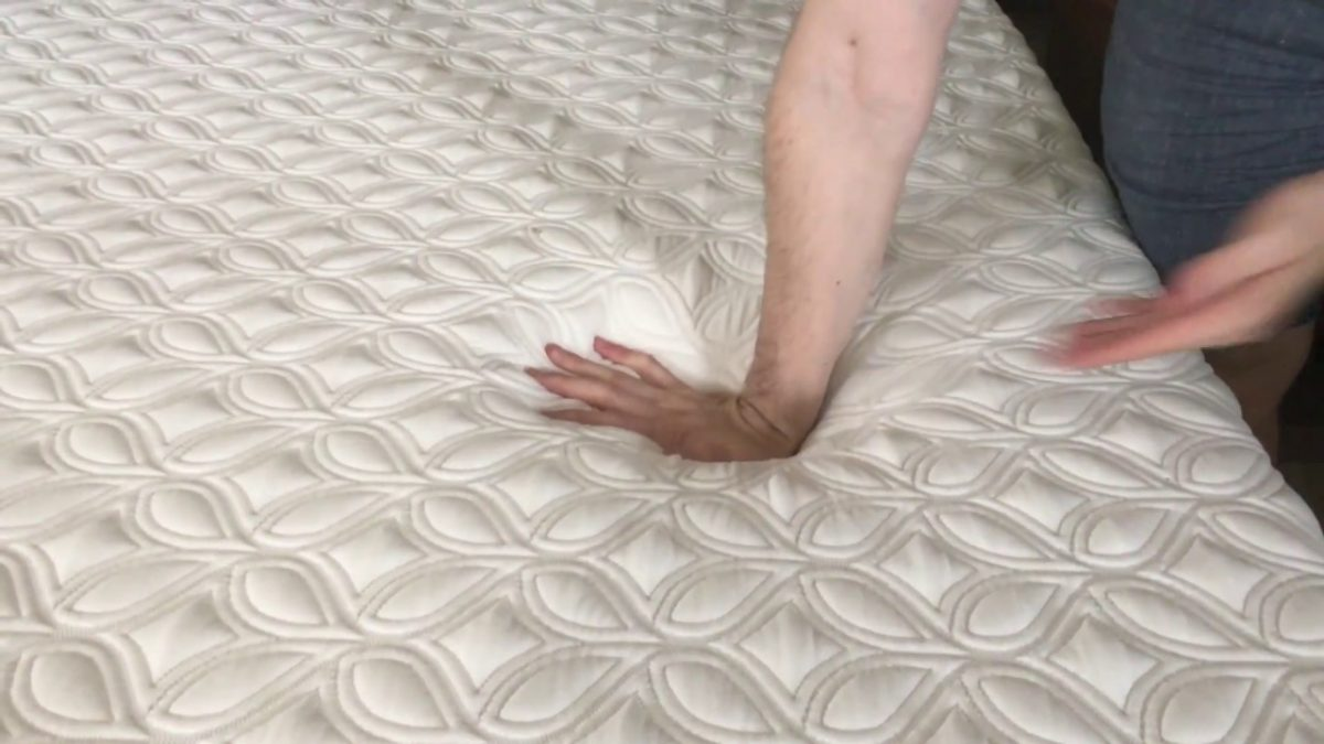 Which is better foam or spring mattress?