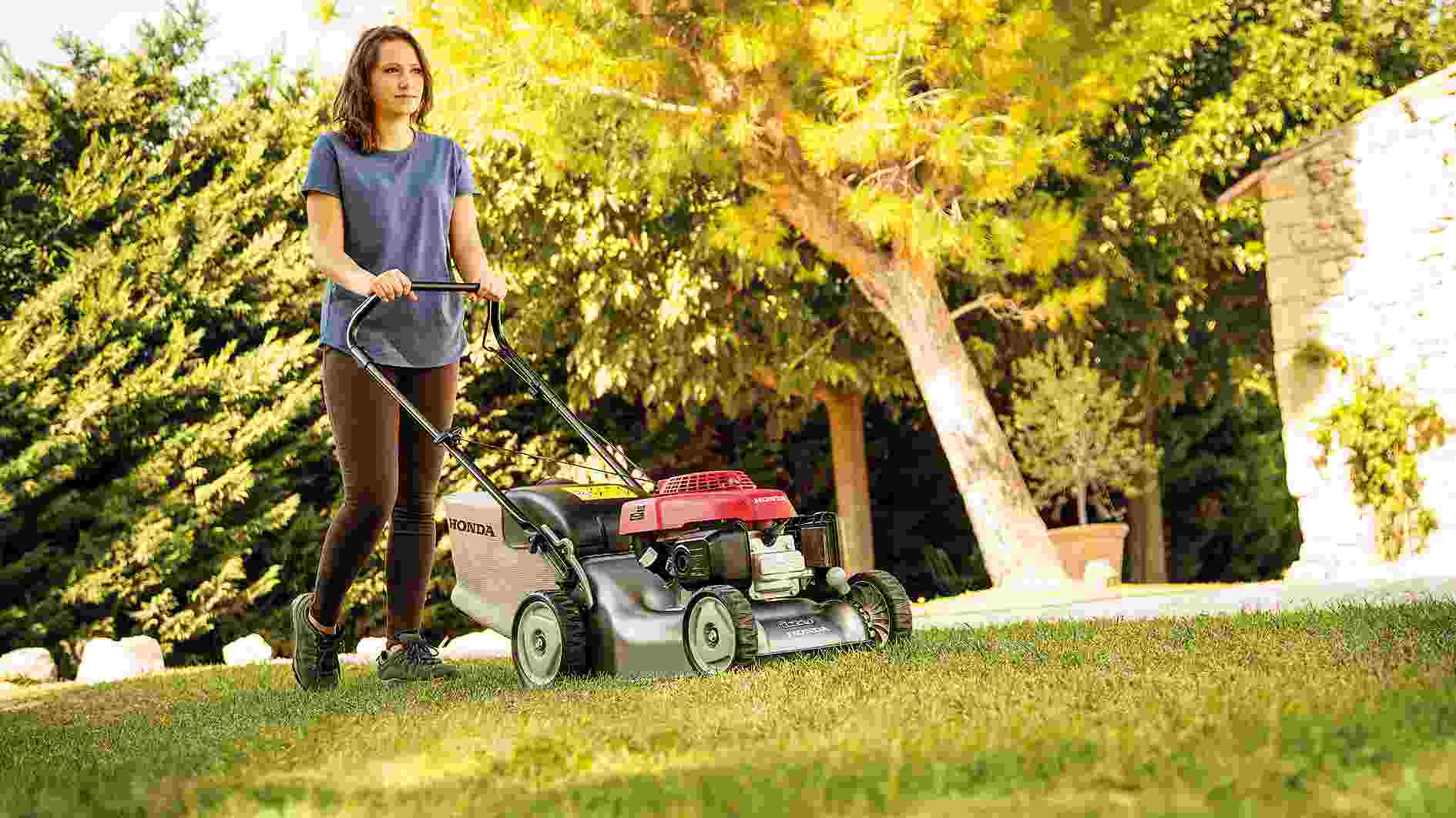 Top 7 Maintenance Tips To keep Lawn Mower in Good Condition